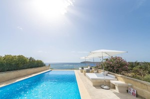 Captain's Cabin — Luxury villa for rent in Qala
